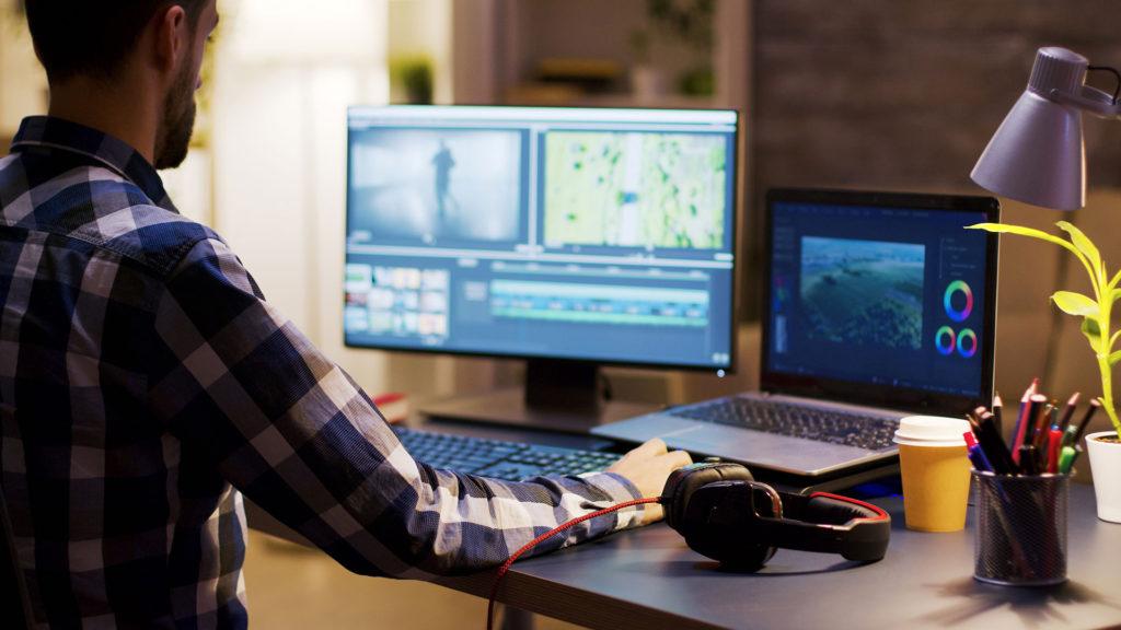 動画編集でオススメのソフトはAdobe premier proです